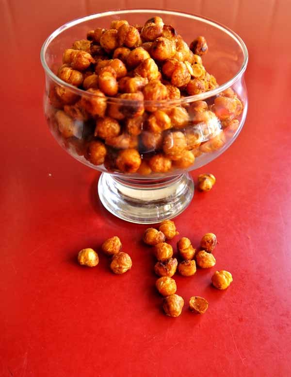 Roasted Spiced Chickpeas | Pumps & Iron
