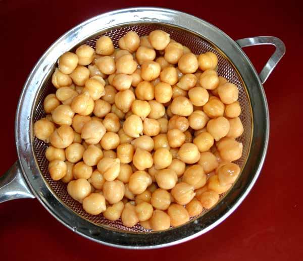 Hummus And Spicy Garlic Chickpeas Recipe — Dishmaps