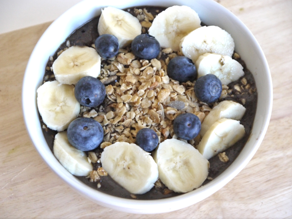 blueberry kale protein acai bowl