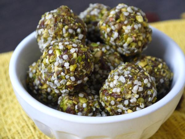 Pistachio Date Bites