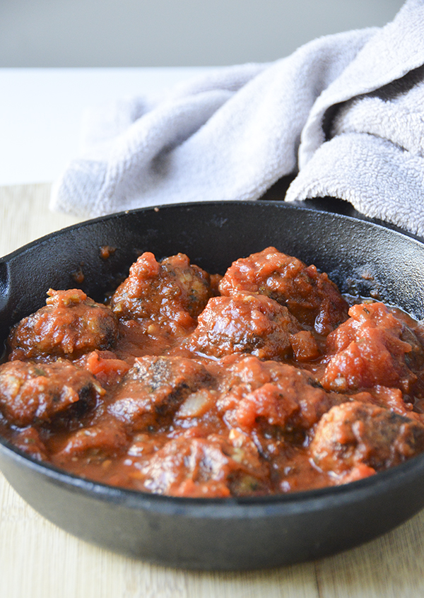 Vegetarian Meatballs - these are delicious and so versatile! Dairy-free and easy to freeze for later if you're meal prepping