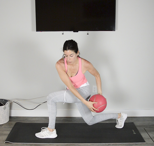 You'll need a resistance band and medicine ball for this 30-minute low body workout focusing on the glutes. Video included so you can follow along at home or the gym! | Pumps & Iron