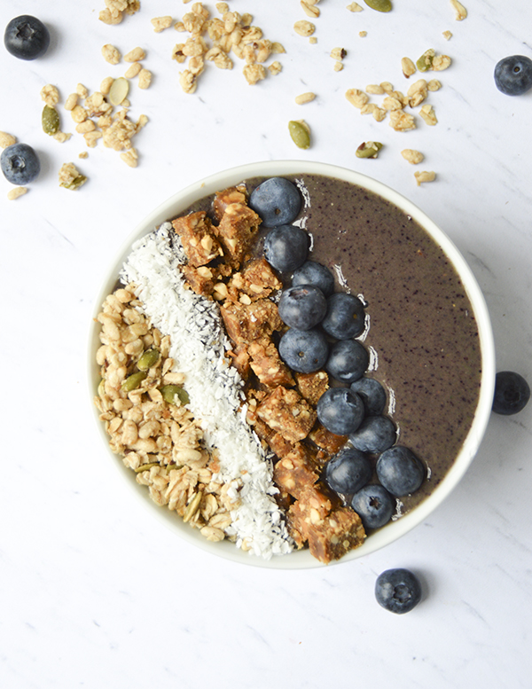 Simple Berry Smoothie Bowl