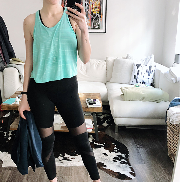 c6f04c15bc5 A Week of Workout Outfits (April) - Lucy swing crop tank with Michi leggings